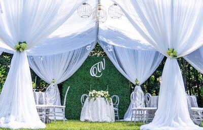 Honey Bee Weddings & Events