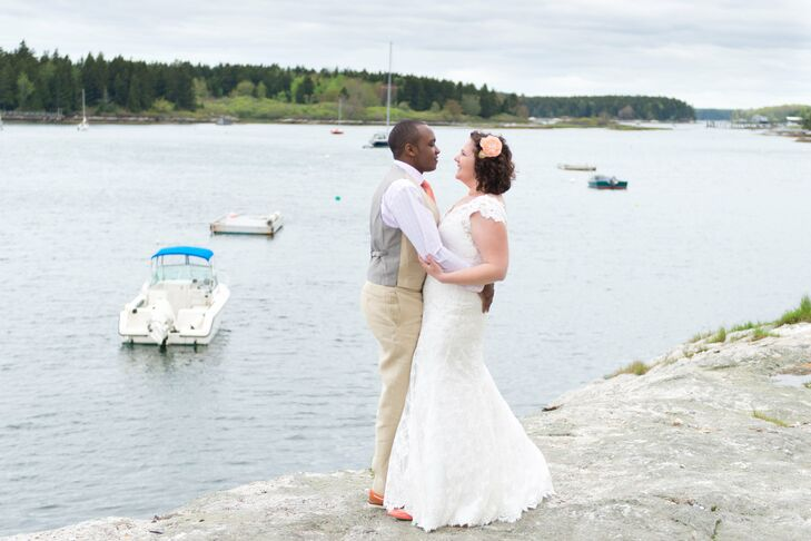 For their intimate wedding at the Sebasco Harbor Resort in Phippsburg, Maine, Laura and Lee allowed the beauty of the venue's natural setting to take