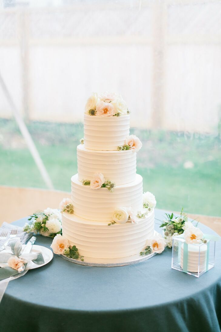 Simple Tiered Wedding Cake with Fresh Flowers