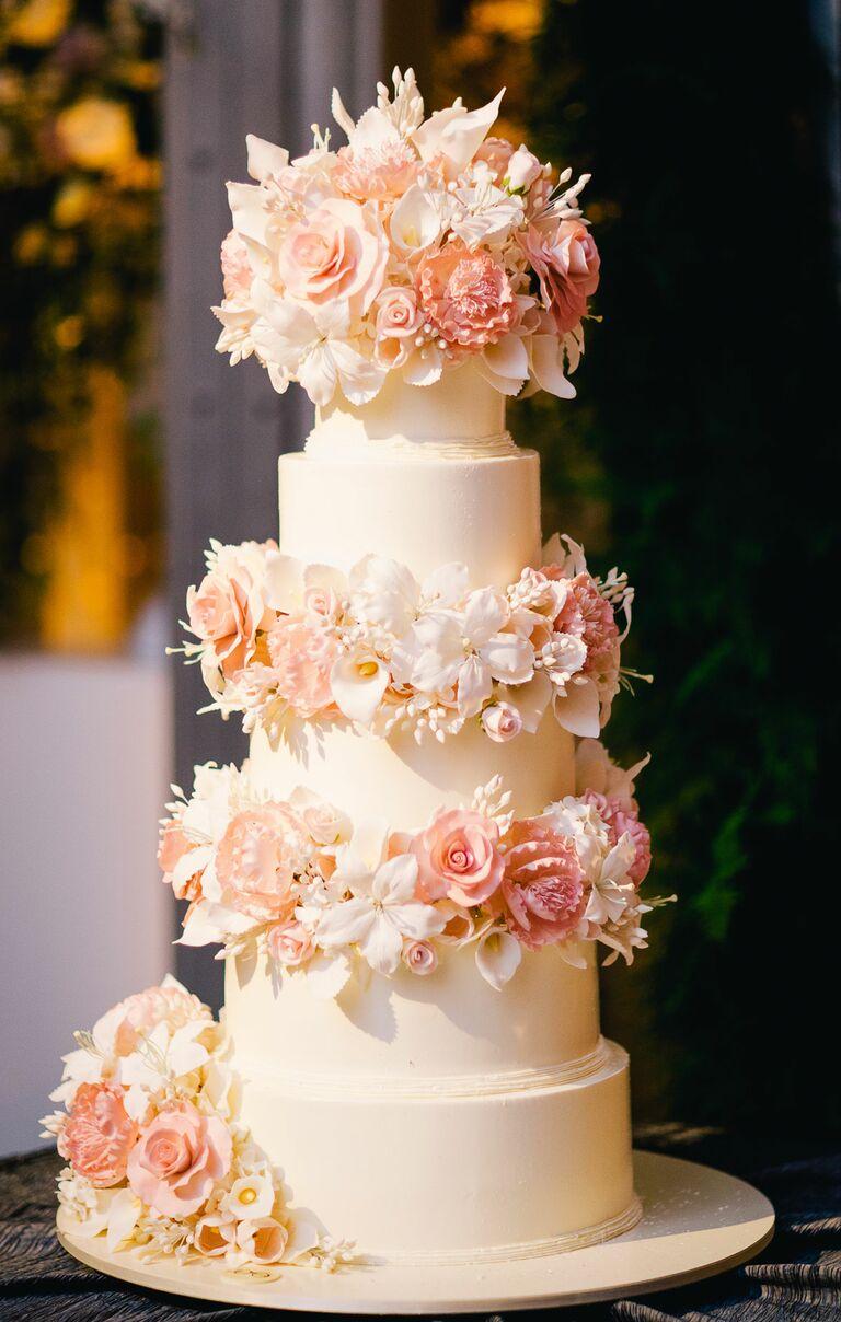 Sylvia Weinstock wedding cake for The Knot's Dream Wedding