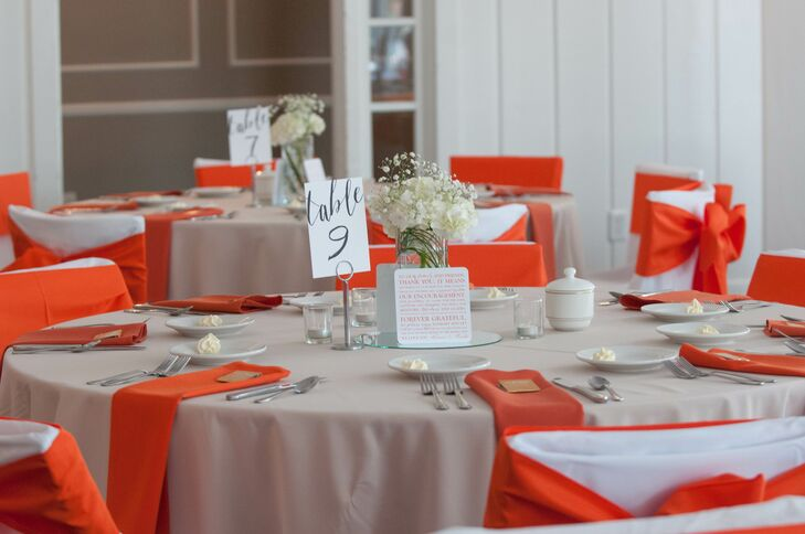 Round Table Orange.Tan And Orange Dining Table Linens