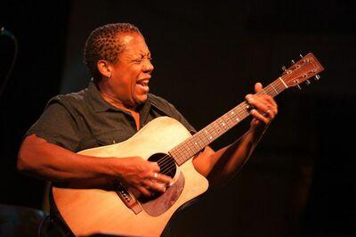Garrick Davis World Blues