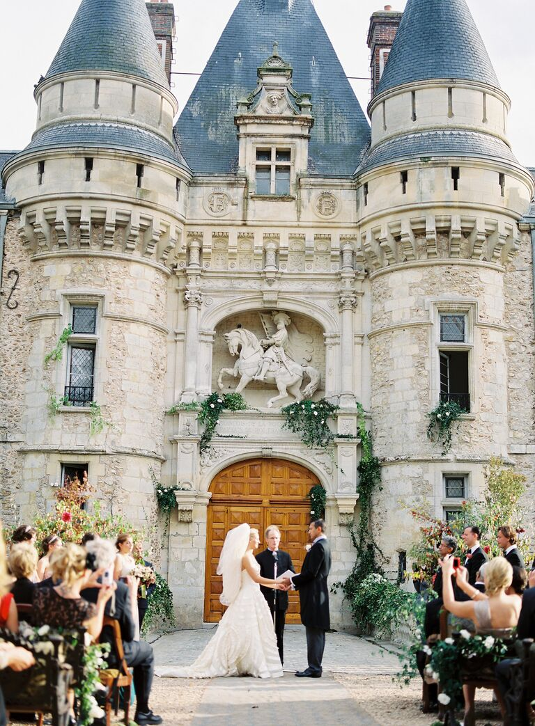 French wedding with castle backdrop