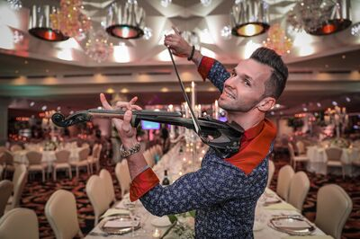 Electro Violinist - Svet