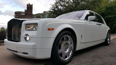 Danaro Limousine
