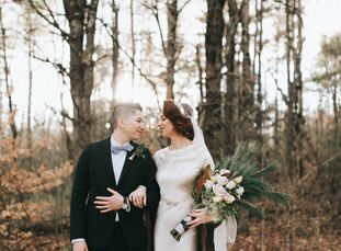 Lexie (29 and a massage therapist) and Shane Diamond (29 and a nonprofit executive director) fused New England romanticism with rustic charm for an in