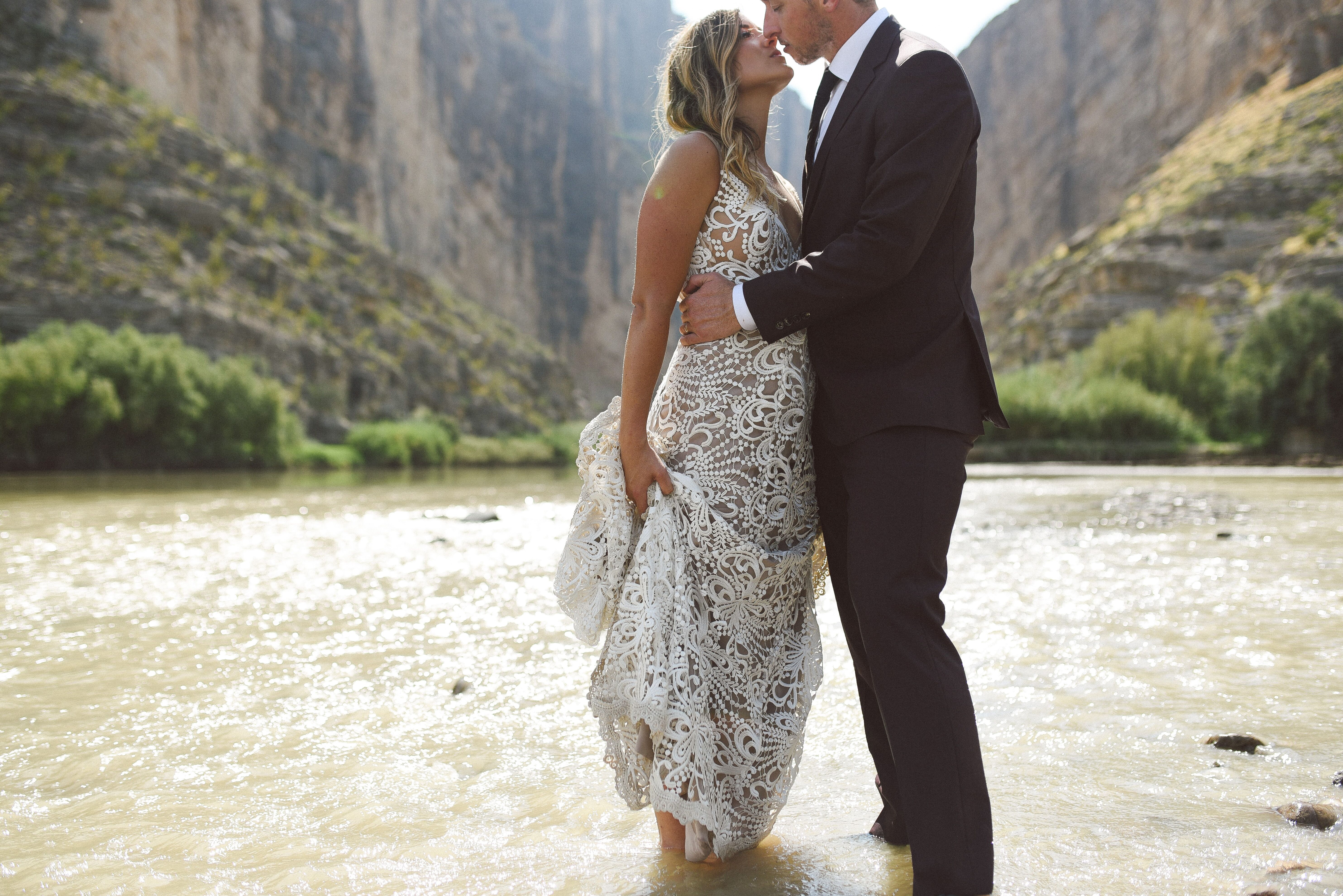 Wedding Photographers In Ann Arbor MI
