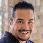 Los Angeles, CA Opera Singer | Tenor Hugo Castillo - Opera, Latin & More