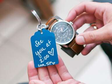 Traditional wedding gift for groom: watch with note