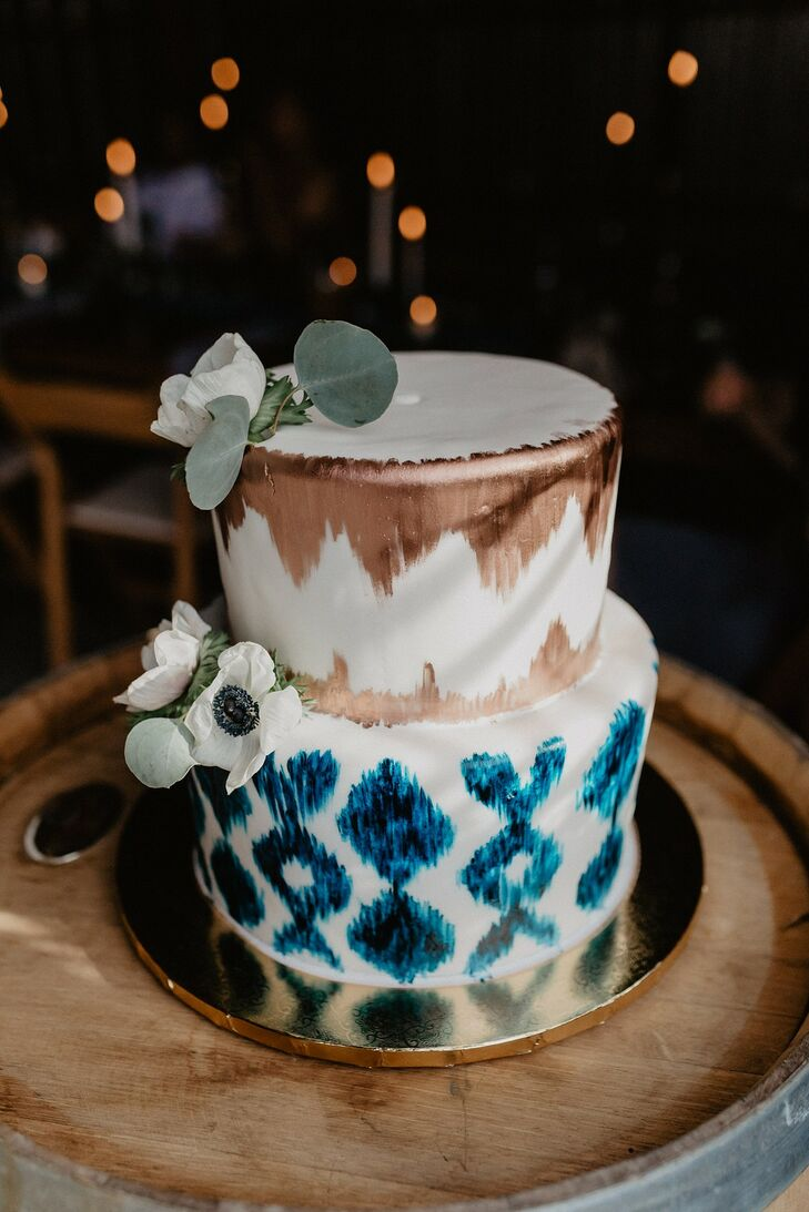 Modern Cake with Ikat-Style Metallic and Blue Design