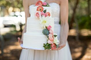 3 Sweet Girls- Wedding Cakes, Cupcakes and More!