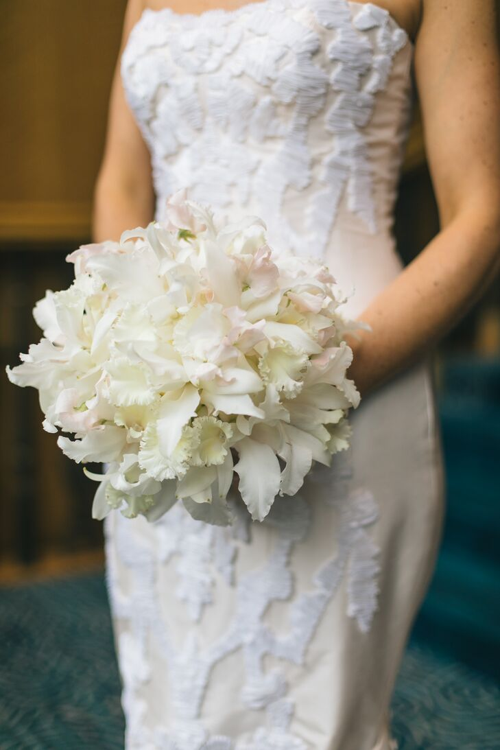White Japhet Orchid and Sweet Pea Bouquet