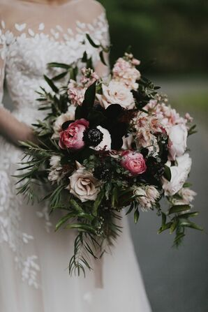 Romantic Bouquet with Roses, Scabiosas and Leaves
