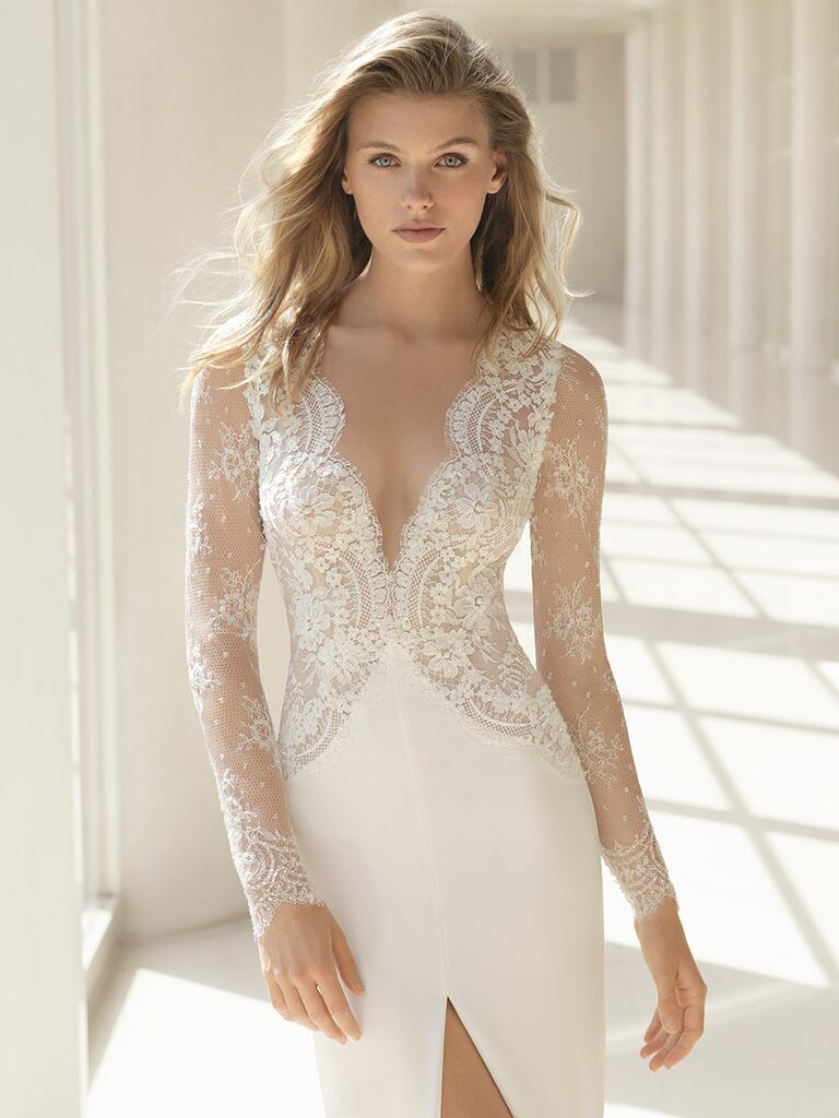 Rosa Clará Fall 2018 wedding dresses long-sleeve lace gown with high slit