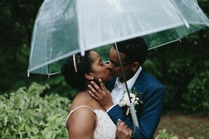 Rain During Couple Portraits at Georgia Elopement