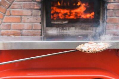 A Wandering Fire: Artisan Pizza