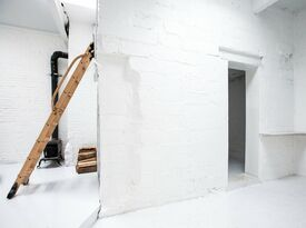 Ghost Gallery - Gallery - Brooklyn, NY