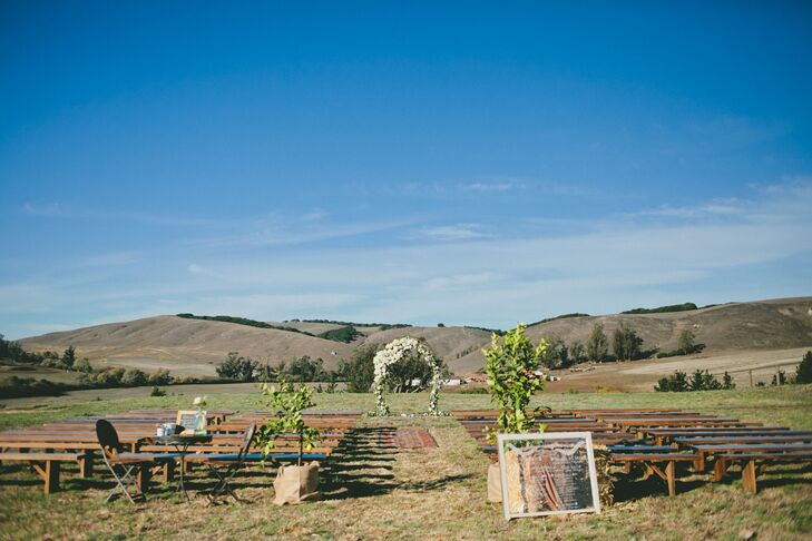 Rustic Olympia's Valley Estate Ceremony Setup