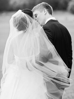 Knee Length Tulle Bridal Veil