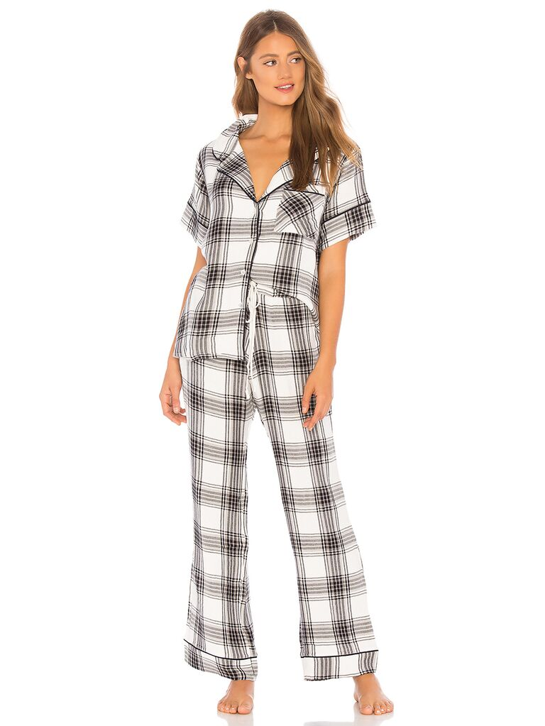 cdcd30282 Bridesmaid Pajamas: 16 Adorable, Comfy Bridesmaid Pajama Sets
