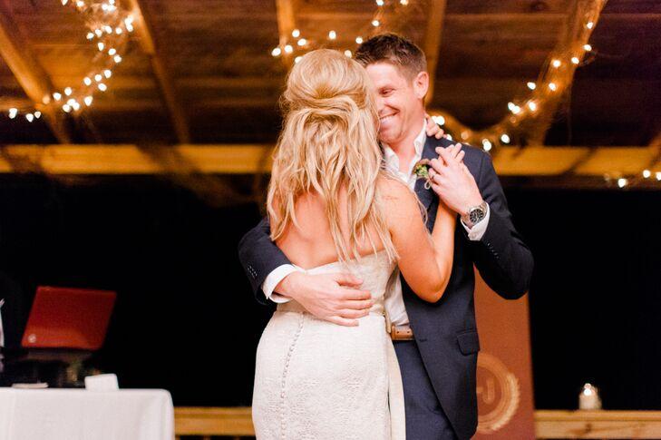 Loose Half-Up Wedding Hair Style