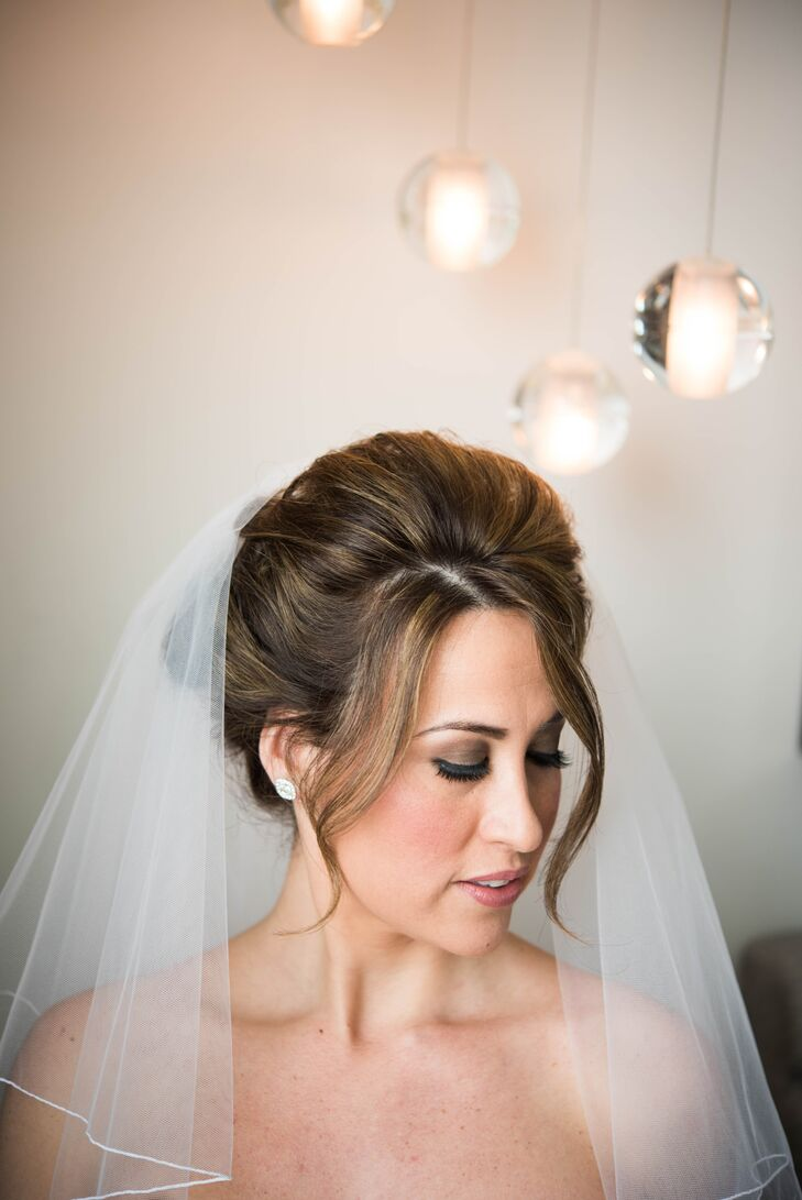 Elegant Bridal Updo With Veil
