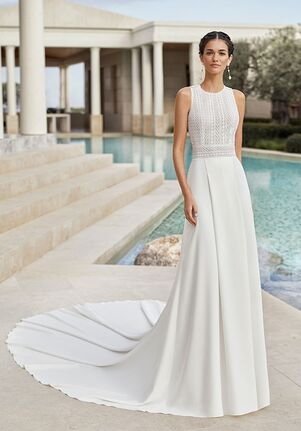 Rosa Clara Couture SENSUAL Sheath Wedding Dress
