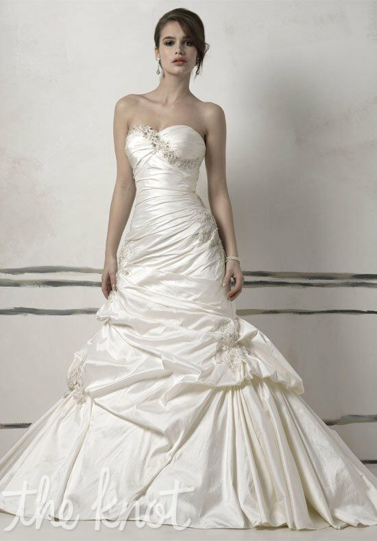 Justin alexander 8504 8513 wedding dress the knot for Wedding registry the knot