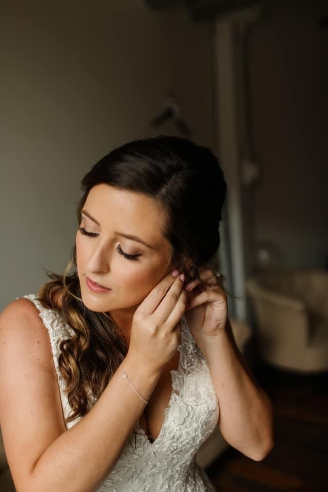 Pamela Butler Makeup Artist The Beauty