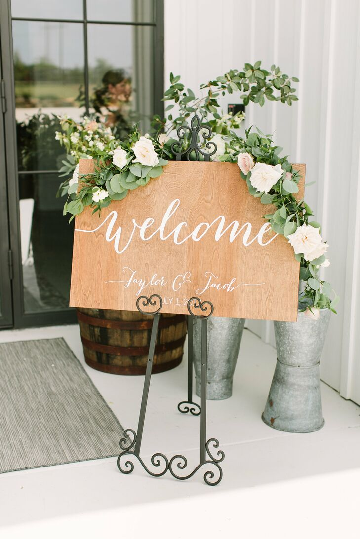 Rustic-Elegant Welcome Sign