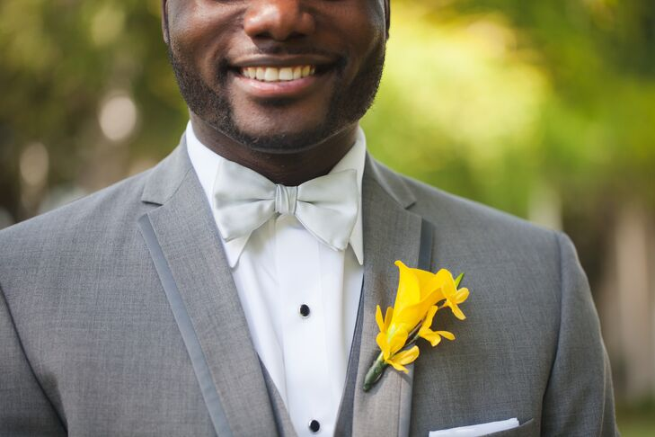 Brenton incorporated Jinitza's favorite color yellow into his own look. He had a canary yellow calla lily and tweedia boutonniere  pinned to the lapel of his gray jacket.