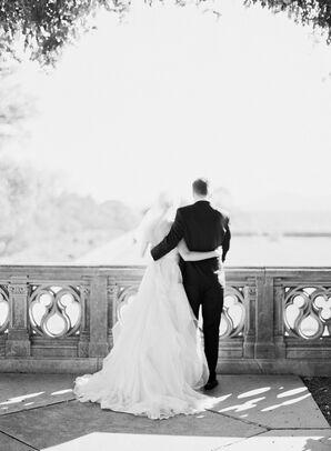 Samantha and Brandon's Traditional Wedding