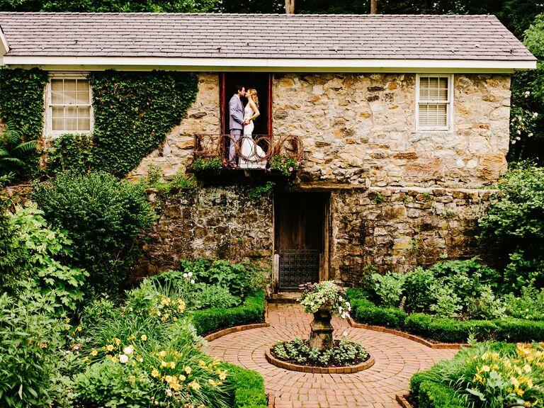 Barn wedding venue in Andover, New Jersey.