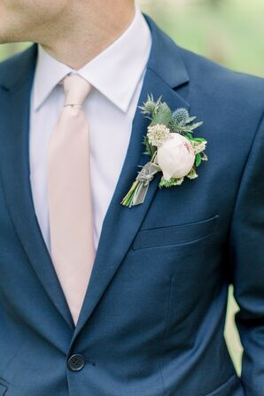 Natural, Spring-Inspired Boutonniere