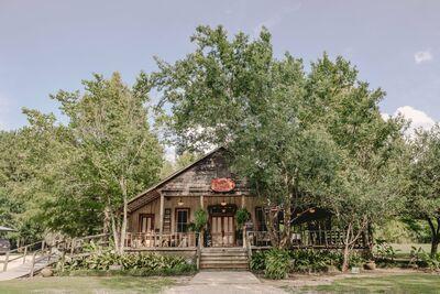 Cypress Grove Wedding Venue / Bridal Cottage / B&B