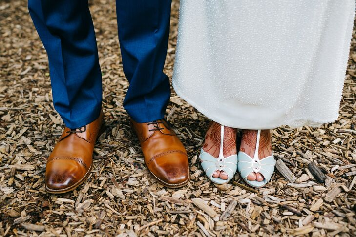 Vintage-Inspired Brown Oxfords and Mint Pumps