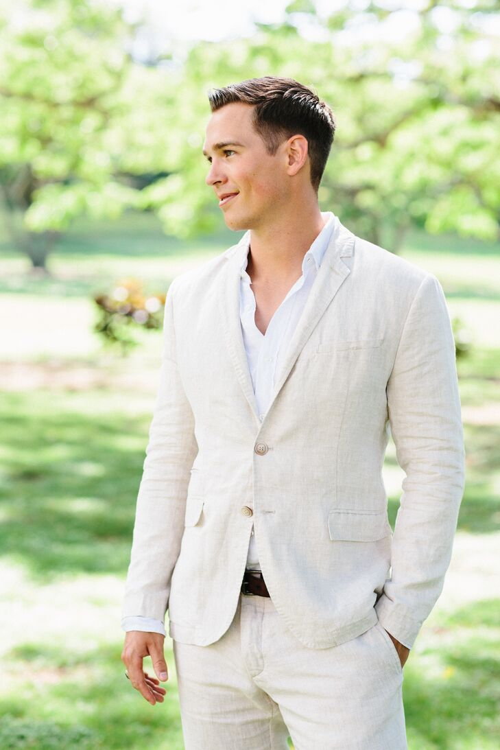 Clayton's beige linen suit from Zara was a perfect fit for the tropical location in Oahu, Hawaii.