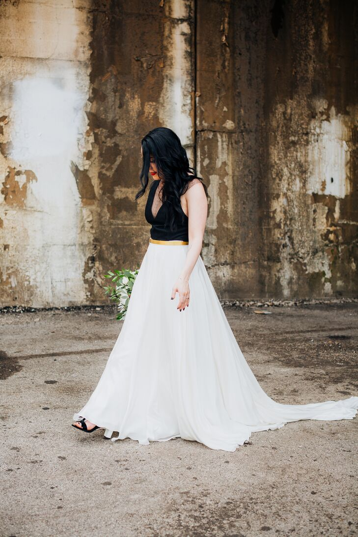 Bride with Down Hairstyle and Black and White Wedding Dress