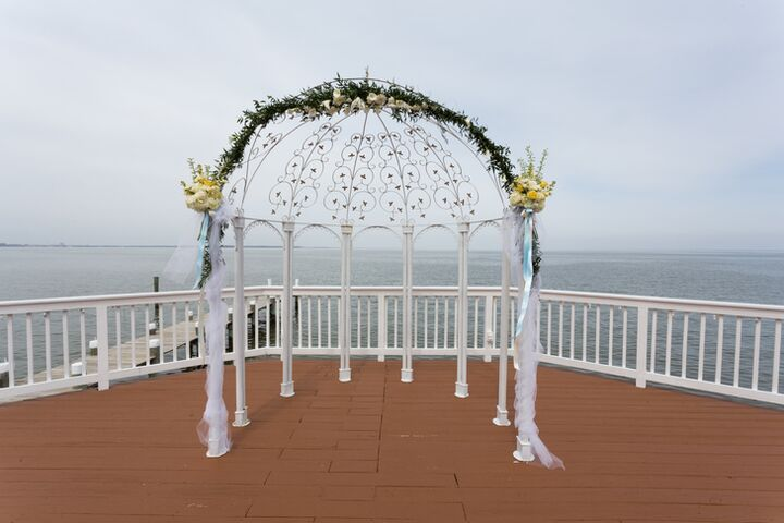 The Bay Gift Registry Wedding: Celebrations At The Bay