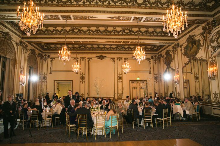 Glamorous Ballroom Reception, Elegant Chandeliers