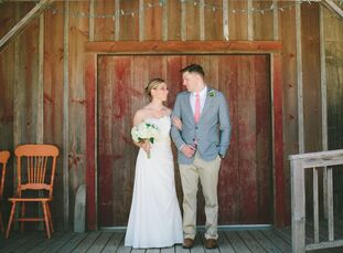 """Sarah (28 and an interior designer) and Josh Bird (28 and a medical illustrator and animator) met on the crew team in college. """""""