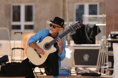 Marc Friedlander Classical and Spanish Guitarist