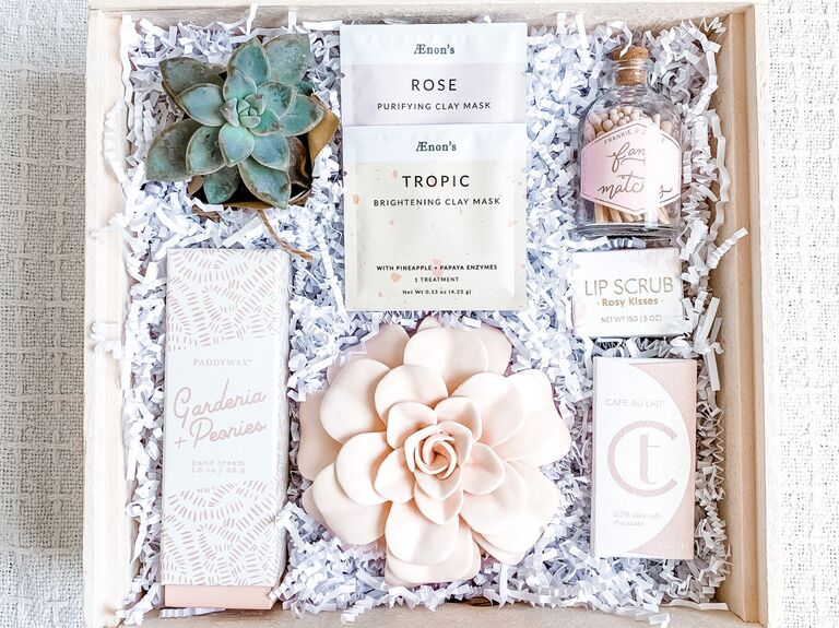 Candle gift box for wax anniversary
