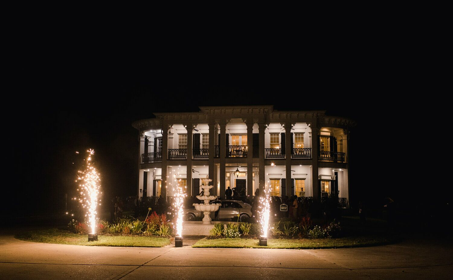 Sandlewood Manor - Mansion - Tomball, TX