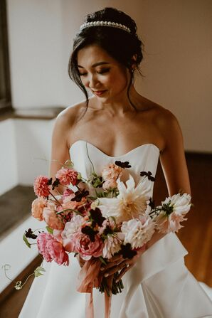Bride with Colorful Bouquet for Wedding at Villa del Sol d'Oro in Sierra Madre, California