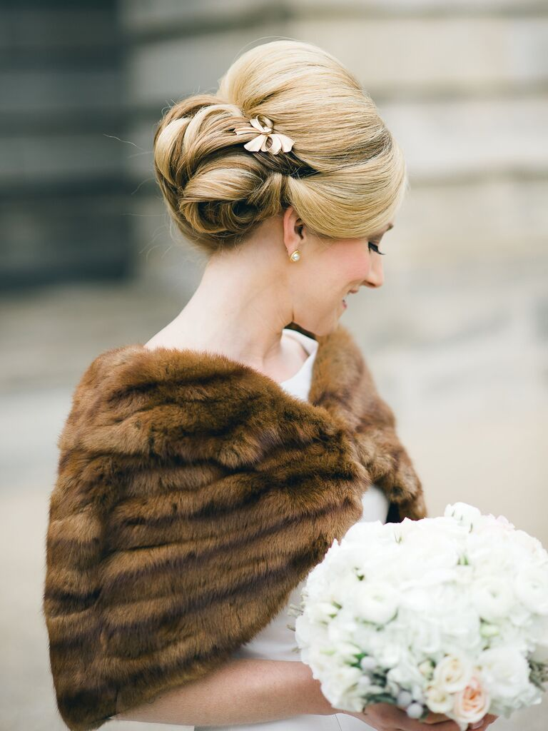 Wedding Hairstyles Vintage Chic Brooch