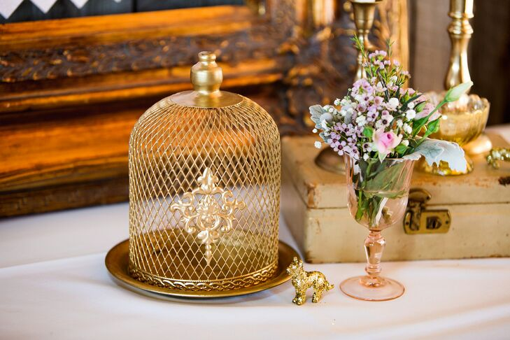 Gold Bird Cage Escort Card Display