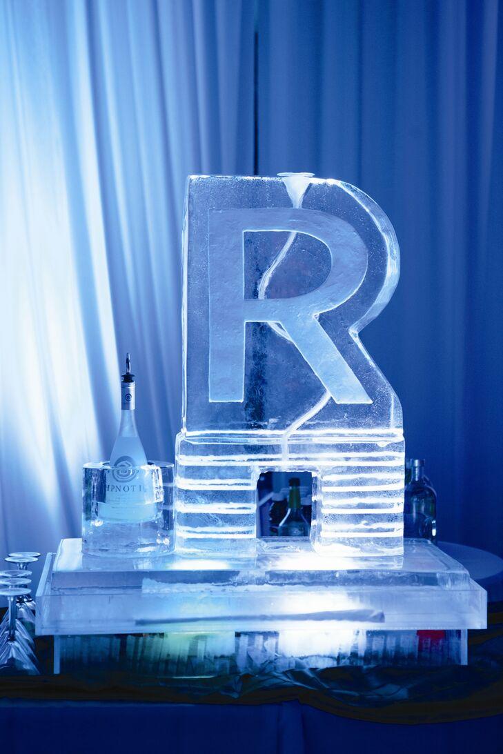 Ice Sculpture Initial