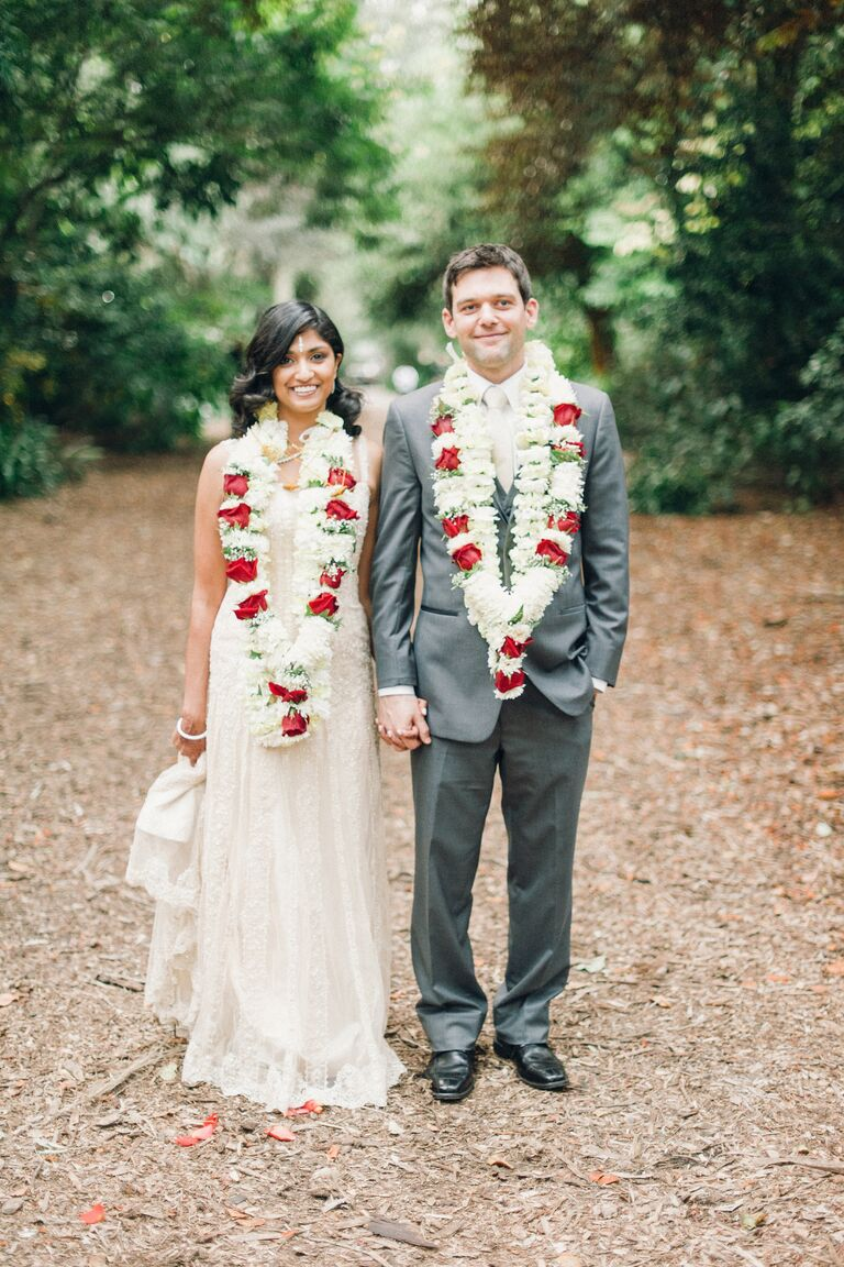 Wedding flower customs and traditions