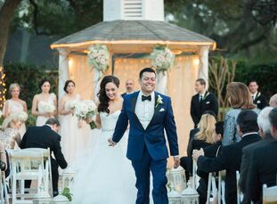 rn                    For their Valentine's Day wedding, Alexandra Lozano (27 and a real estate agent) and Thomas Baldazo (27 and a sales account mana